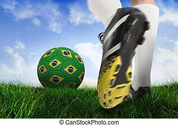 imagen compuesta, de, arranque del fútbol, patear, brasil, pelota