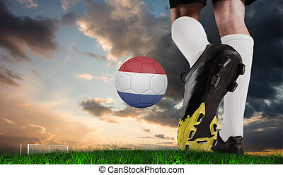 imagen compuesta, de, arranque del fútbol, patear, holandés, pelota