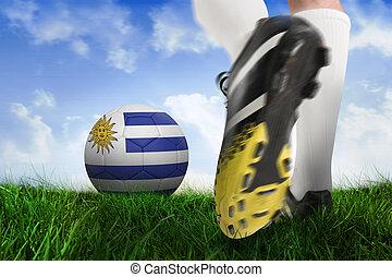 imagen compuesta, de, arranque del fútbol, patear, uruguay, pelota