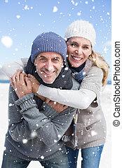 imagen compuesta, de, atractivo, pareja hugging, y, sonriente, en, came