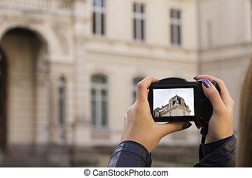 immagine, donna, turista, giovane, prendere, photocamera