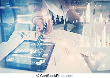immagine, moderno, interface., scambi, finanza, lavorativo, ufficio., nuovo, casato, mondiale, globale, tassa, tablet., process., icone, direttore, grafica, usando, orizzontale, banca, lavoro, progetto