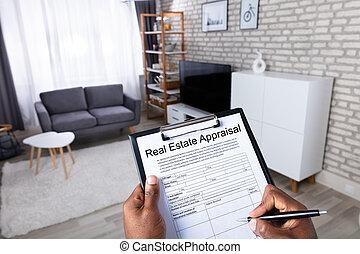 immobiliers, formulaire, remplissage, estimation, homme