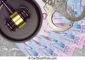 impôt, action éviter, procès, desk., marteau, tribunal, police, juge, ukrainien, judiciaire, menottes, factures, 200, hryvnias, concept, ou, bribery.