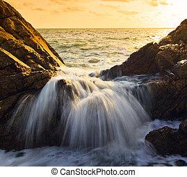 impacto, ondas, ocaso, mar, roca, línea, playa