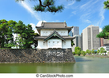 Imperial palace in Tokyo - Imperial palace and city skyline ...