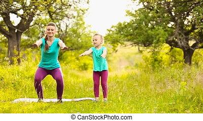 impliqué, fitness, maman, enfant