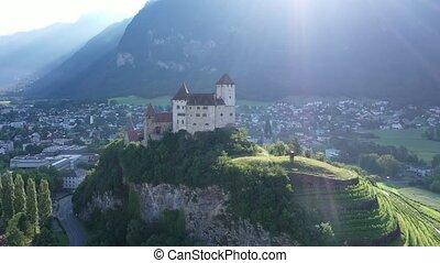 important, gutenberg, château, conservé, pittoresque, principauté, paysage ville, été, historique, château, localisé, liechtenstein, balzers