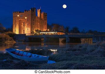 impresionante, bunratty, oeste, irlanda, noche, castillo