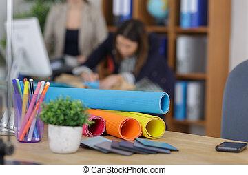 impressão azul, em, escritório