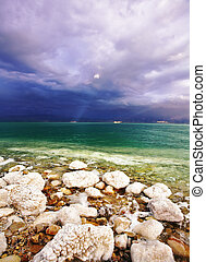 Improbable light effects during a thunder-storm on sea