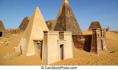 in africa sudan meroe the antique pyramids
