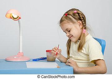 in, een, six-year, meisje, draaien, tekening, inkten