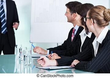 in-house, treinamento, negócio