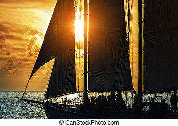 in, il, mare, a, tramonto