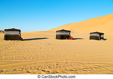 in oman the tent of berber people - empty quarter and nomad...