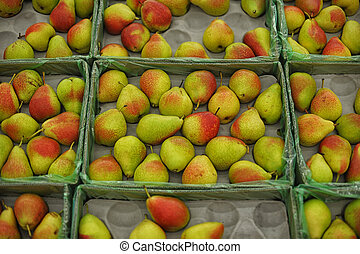 Pears at the grocery store