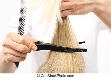 In the hair salon, haircut