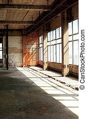 inachevé, intérieur, vieux bâtiment