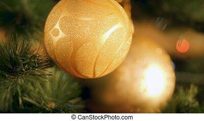incandescent, doré, babiole, contre, métrage, 4k, lumières, coloré, noël, pendre, arbre