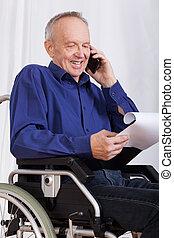 incapacitado, hablar, hombre, teléfono