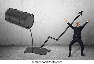 inclinado, barril, con, negro, líquido, el verter, afuera, de, él, y, feliz, hombre de negocios, en, un, celebrar, postura