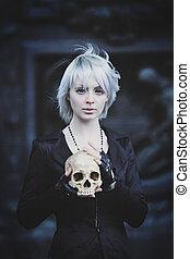 incomum, menina, segurando, cranio, perda, de, amou um,...
