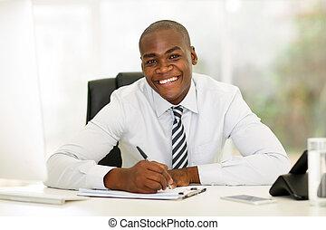 incorporado, trabalhador, escritório, trabalhando, africano