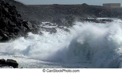 incredible bomb burst crushing wave