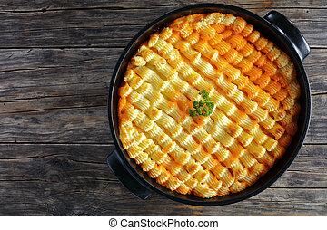 shepherd\u0027s pie or cottage potato lamb pie & Shepherd\u0027s pie traditional english dish. recipe with minced beef ...