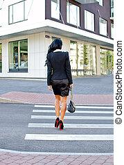 incrocio, donna indietro, strada., vista