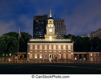 Independence Hall Night - Independence Hall at night in...