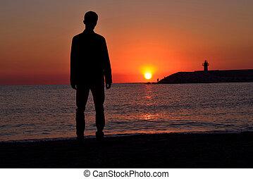 independiente, en la playa, joven, depresión, feriado