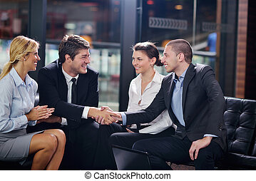 indgåelse, branche deal, folk