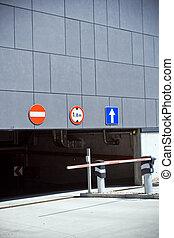 indgang, og, udgang, i, parkering garage