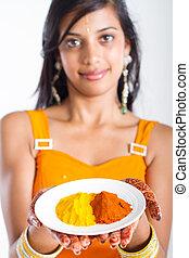 indiër, vrouw, het voorstellen, kruiden