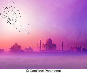 India. Taj Mahal sunset silhouette. Tajmahal palace in...