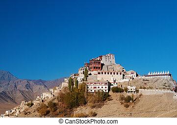 india, thikse, monasterio, con, cielo azul