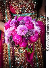 indianas, noivas, mãos, segurando, buquet