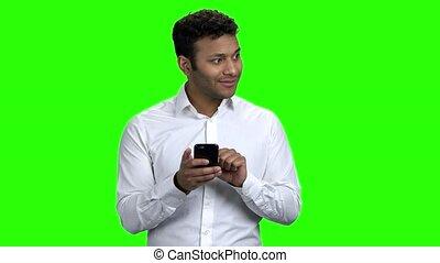 indien, téléphone., mobile, utilisation, jeune homme