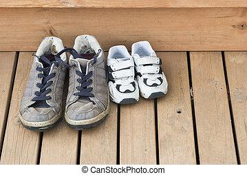 indietro, grande, piccolo, scarpe, ponte
