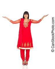 indisk, kvinna, med, beväpnar outstretched