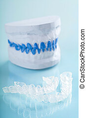 individual tooth tray for whitening