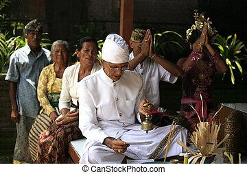 Indonesian wedding - BALI, INDONESIA - 31 OCTOBER 2008: It...
