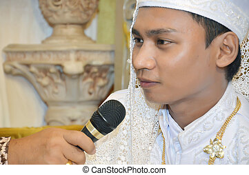 Indonesian's groom