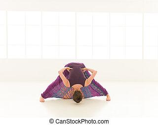 indor, demostración, actitud del yoga