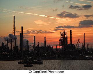 Industrial complex