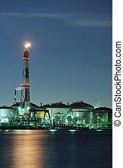 industrial, complexo, à noite