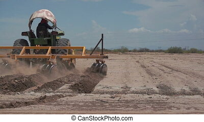 Industrial Farming Disc Harrow on D - Disc harrow farming...