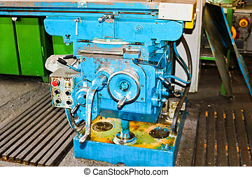 Industrial iron lathe for cutting, turning of billets from...